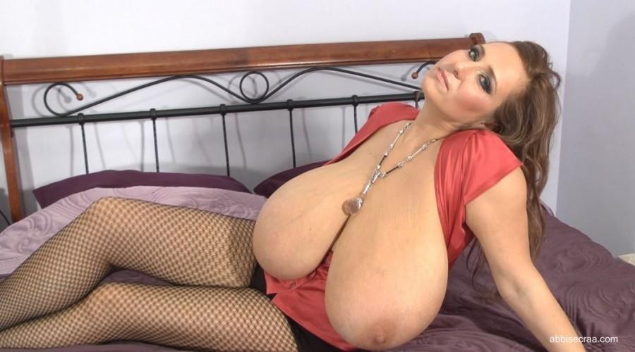 Abbi's full cleavage - screen grabs