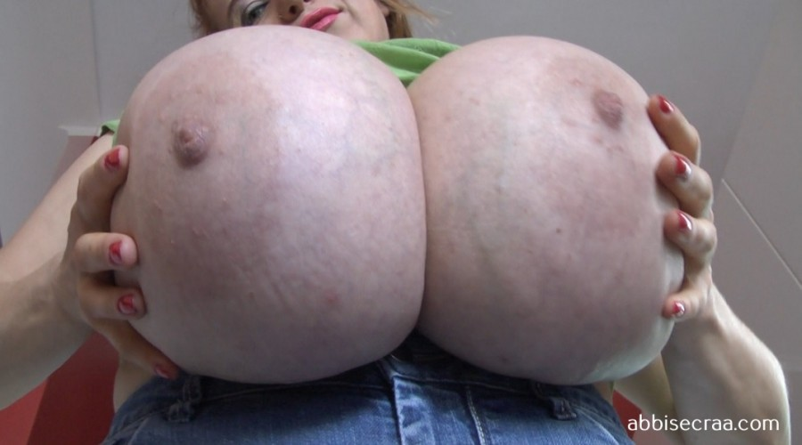 Such huge breasts - movie